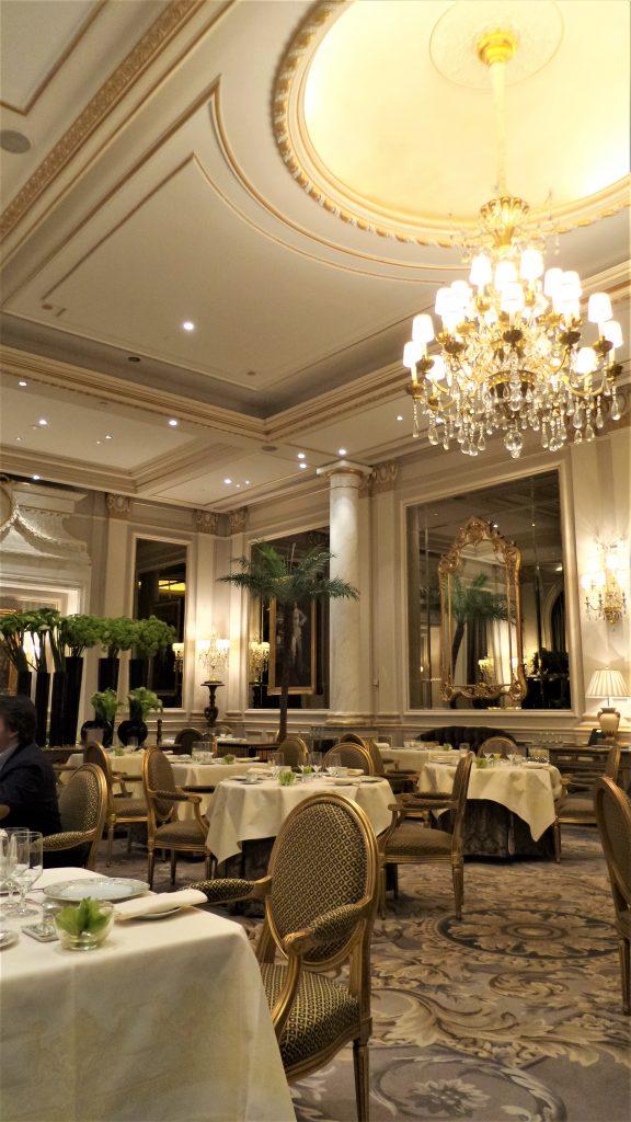 Le Cinq in Paris